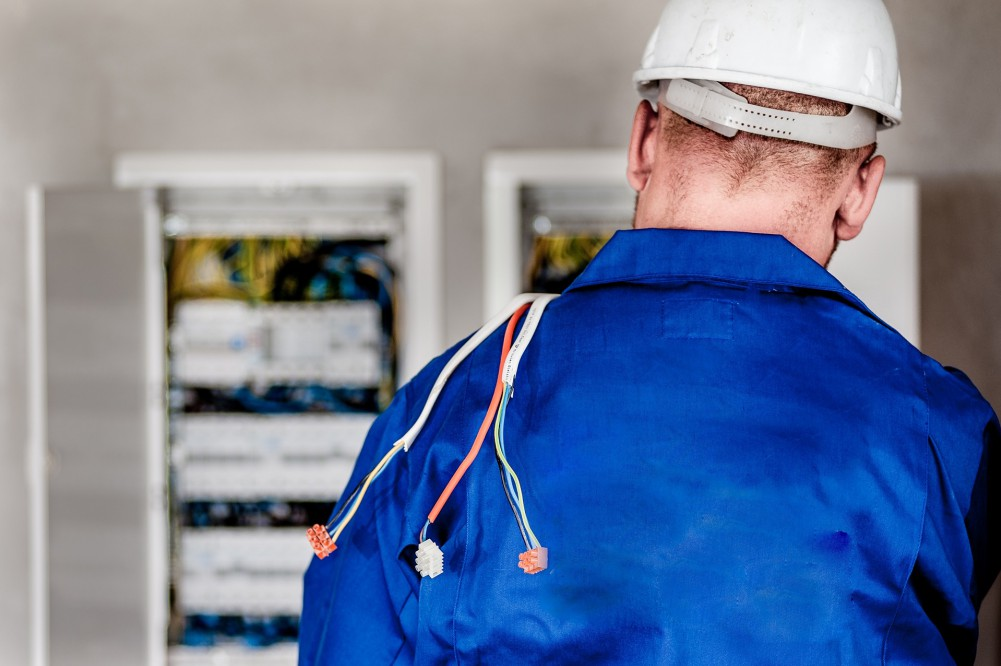 Corso di formazione Addetti Lavori Elettrici PES e PAV